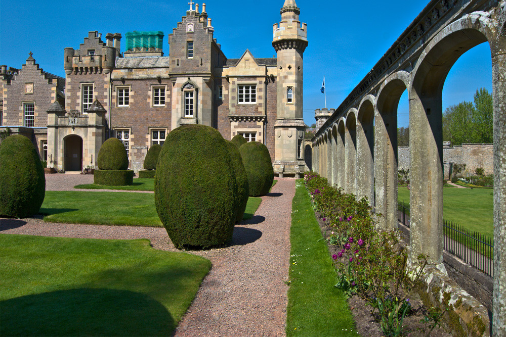 ROSLYN CHAPEL AND ABBOTSFORD HOUSE, COUNTRY HOME OF SIR WALTER SCOTT  copy.jpg